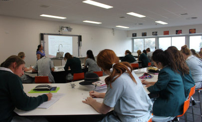 Image for photo: Yr 10 Science first day in new science wing (3).jpg